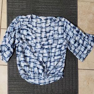 Bb dakota blue wrap print blouse S